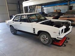 1976-Holden-HX-Monaro-GTS-Sedan-White-Cotillion  (36)
