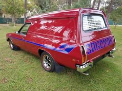 1979-Holden-HZ-Sandman-Panelvan-Firethorn-Red (25)