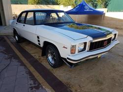1976-Holden-HX-Monaro-GTS-Sedan-White-Cotillion  (51)