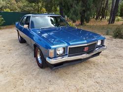 1975-Holden-Monaro-HJ GTS-Sedan-Deauville-Metallic-Blue-2