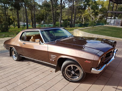 1972-Holden-Monaro-HQ-GTS-Coupe-rotisserie-restoration