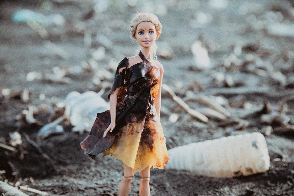 芭比燒灼厚塑膠袋洋裝1100-1.jpg