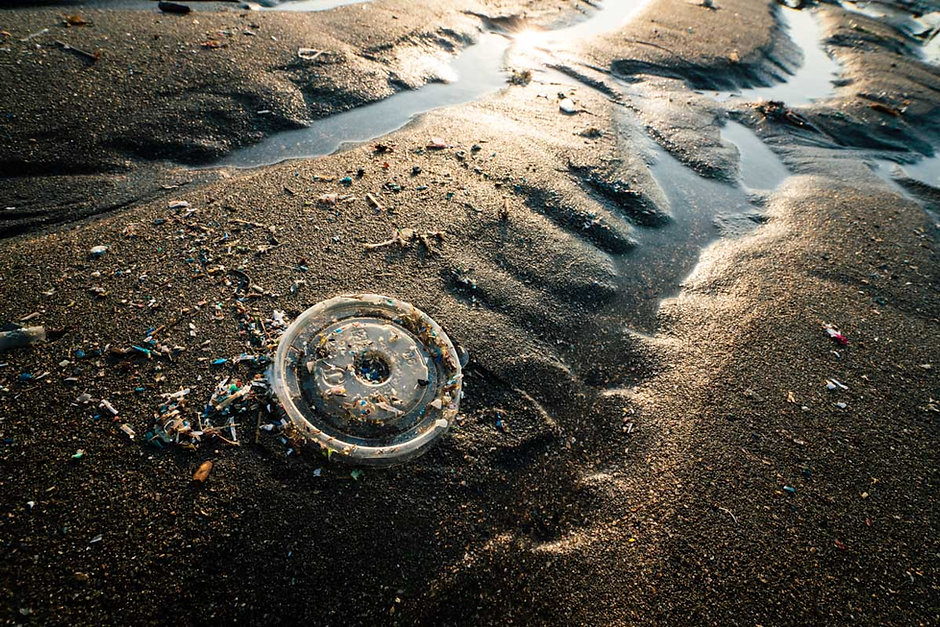 01 塑膠世紀-2-12.jpg