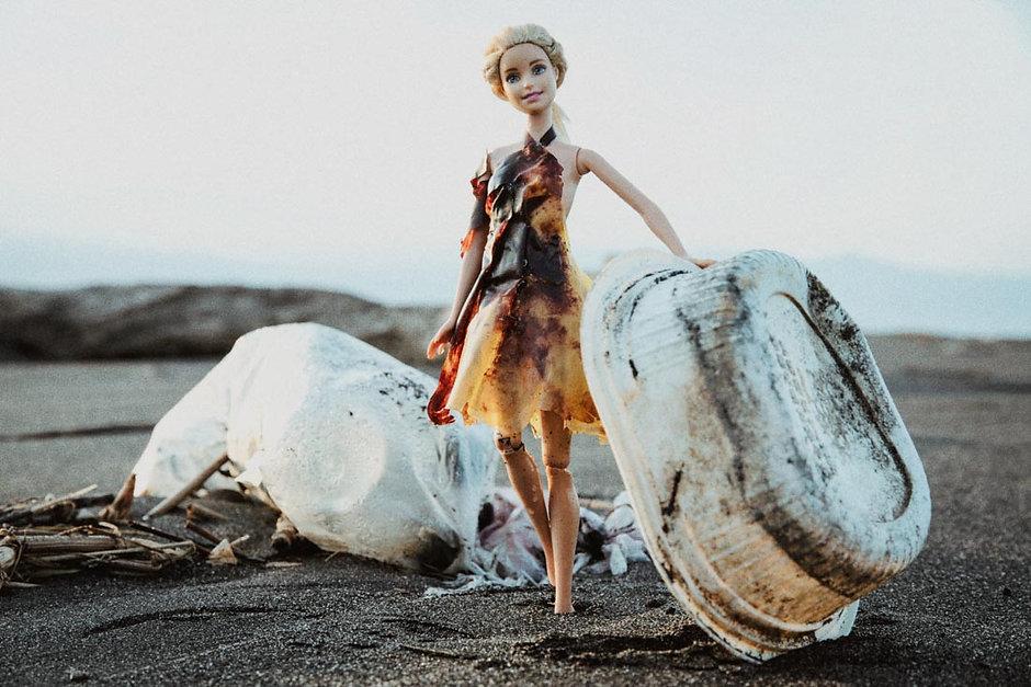 芭比燒灼厚塑膠袋洋裝1100-5.jpg