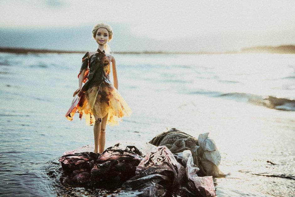 芭比燒灼厚塑膠袋洋裝1100-4.jpg