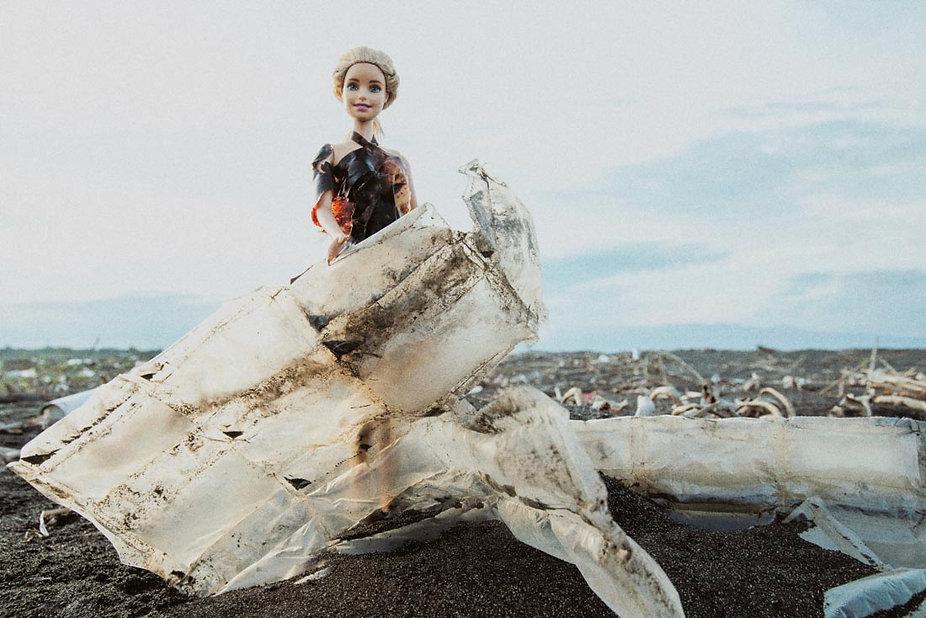 芭比燒灼厚塑膠袋洋裝1100-3.jpg
