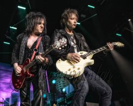 Billy Idol guitarists