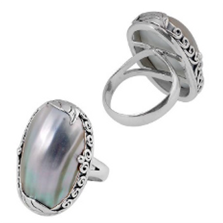 Elegant Shell Ring
