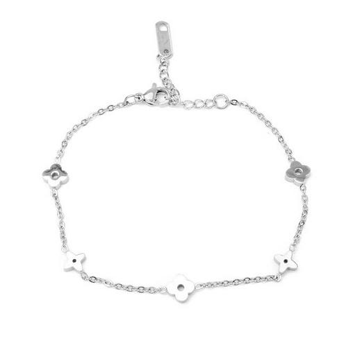 Zoey Clover Bracelet