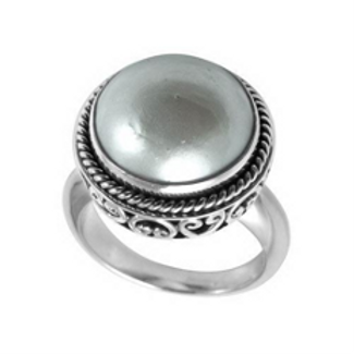 Luminous Pearl Ring