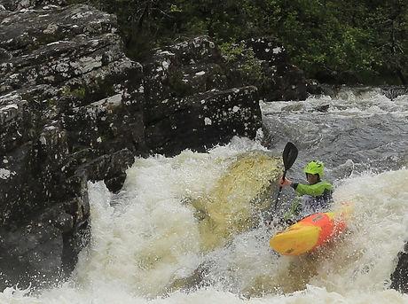 advanced white water kayak leader
