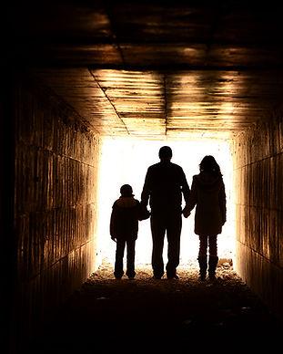Zapiens-Famille_Low-Res.jpg