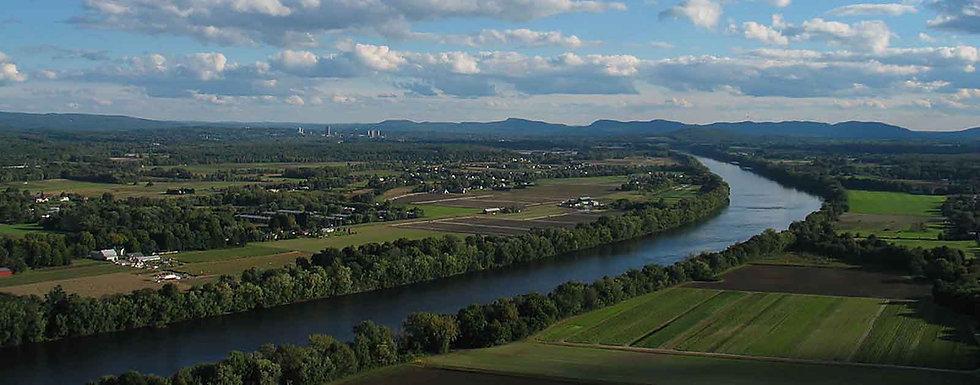 connecticut-river-credit-BenFrantzDale-wikimedia-CC-header.jpg