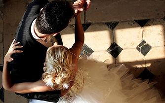 romantic-couple-dance.jpg