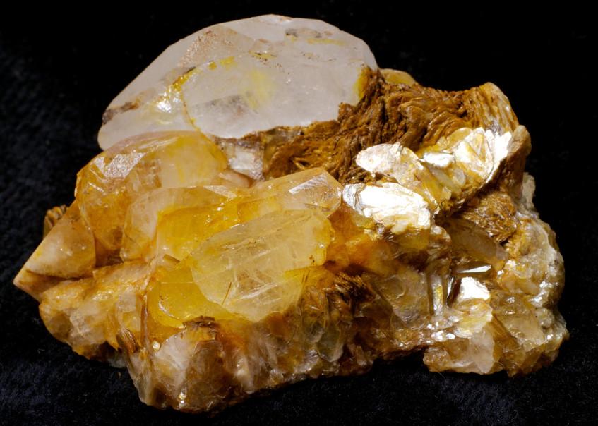 Beryl var. Ghosenite, Pingwu, China
