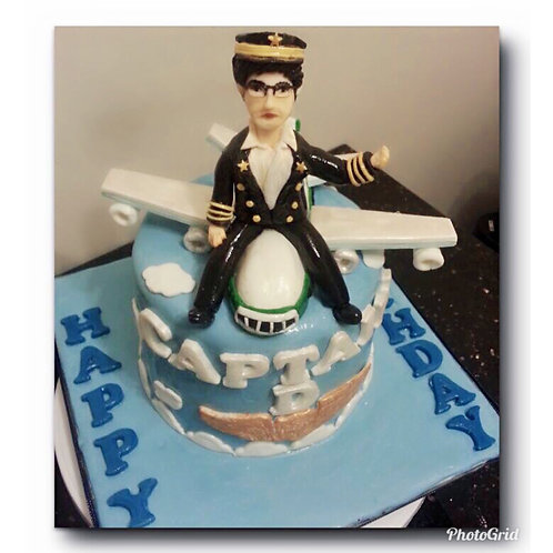 Tailormade Pilot themed birthday cake(Enquire for price)
