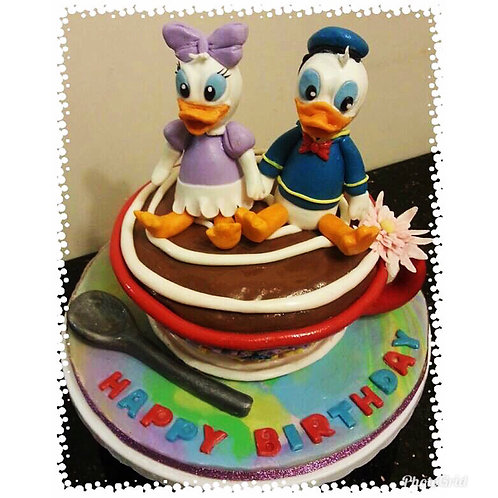 Tailormade Donald Duck on Coffee Cup cake(Enquire for price)