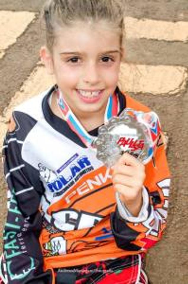 Isabella F. Soares na feminino até 10 anos.