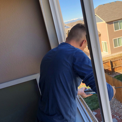 Replacing double pane window glass