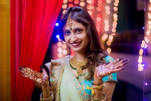 Candid Wedding, Couple Portraits, Hindu Wedding,