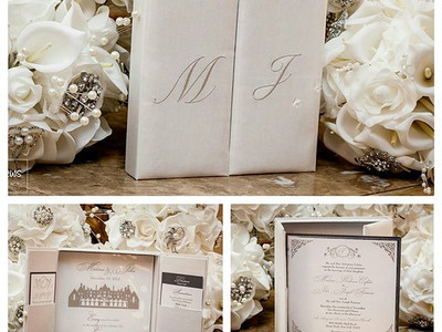 Stunning silk box invitation for the per