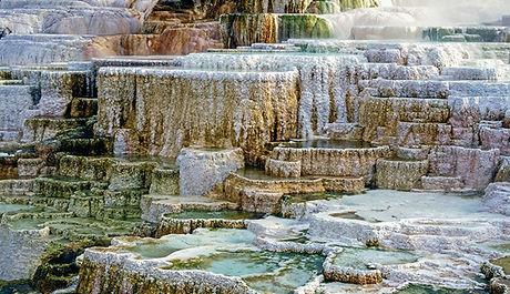 ys-mammoth-hot-springs-detail_adobe_680.