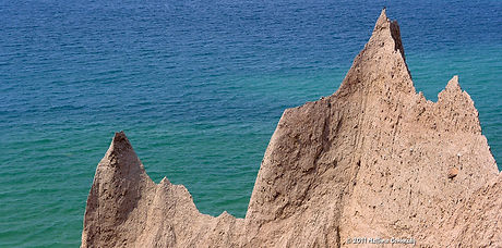 Chimney-Bluffs-State-Park-Gallery-01.jpg