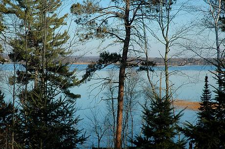 deer-lake-110811-640.jpg