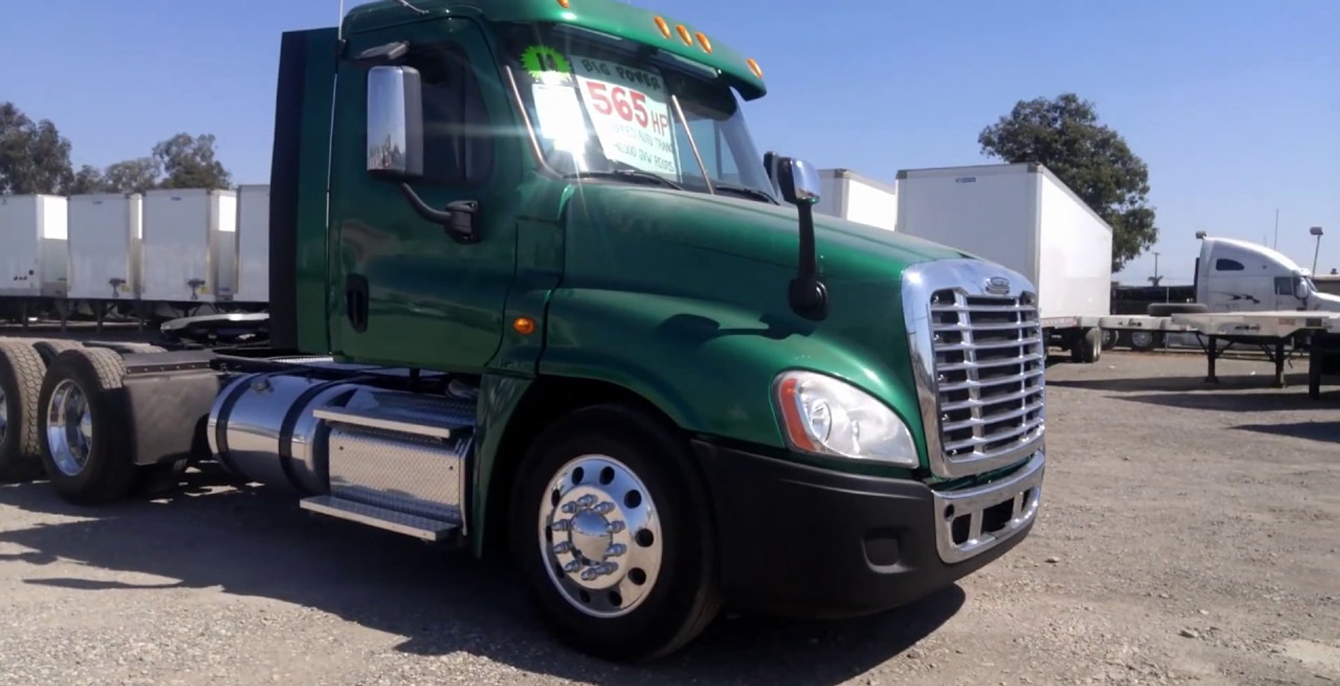2014 Cascadia Day Cab Tractor