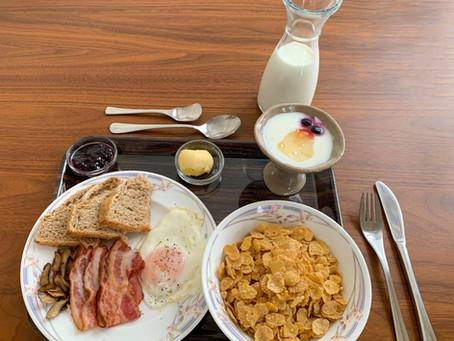 Winter Breakfast at Niseko Ski Lodge Higashiyama