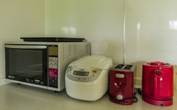 Toaster oven, rice cooker, toaster and kettle