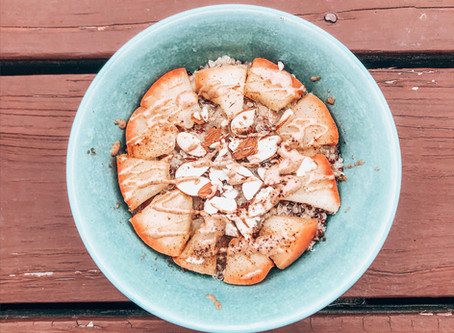 Apple Cinnamon Almond Quinoa Breakfast Bowl