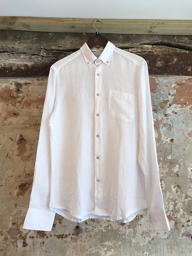 White Linin Shirt with Boats Collar