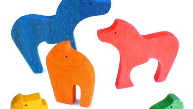 Семейство пони цветной пазл - сортер