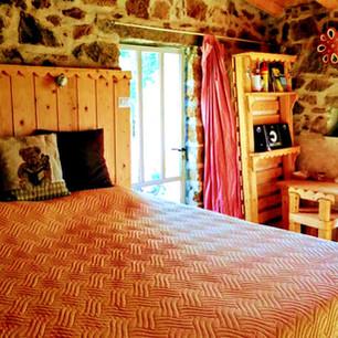 Olivastro room
