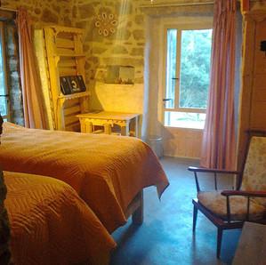 room 2pl.jpg