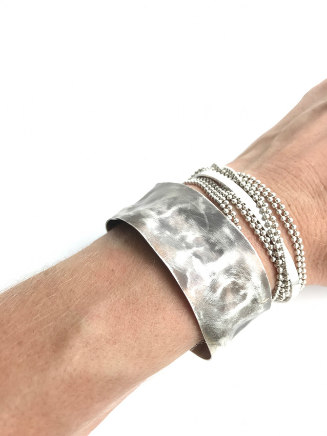 Resilience cuff