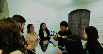 Visita de alunos da pós-graduação em Direito à exposição (30/09/19)