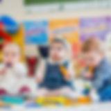 babies-playing-with-blocks-864x576.jpg
