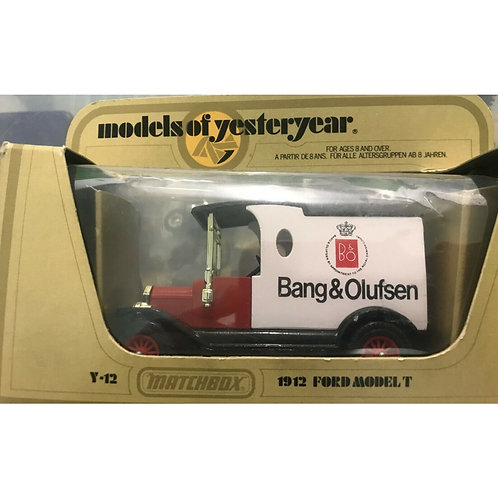 MATCHBOX YESTERYEAR FORD MODEL T VAN BANG & OLUFSEN - CODE 2 - BOXED