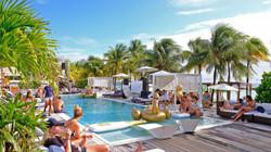 Madero Ocean Club, Mambo Beach
