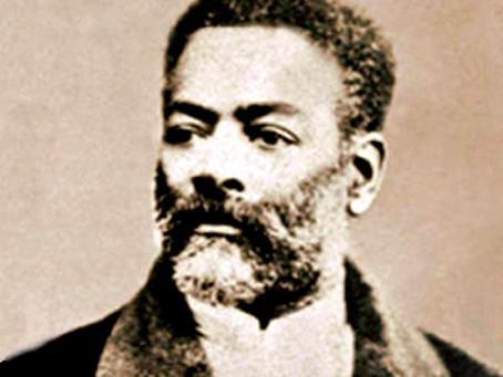 Racismo na literatura brasileira é profundo e criminoso, afirma escritor