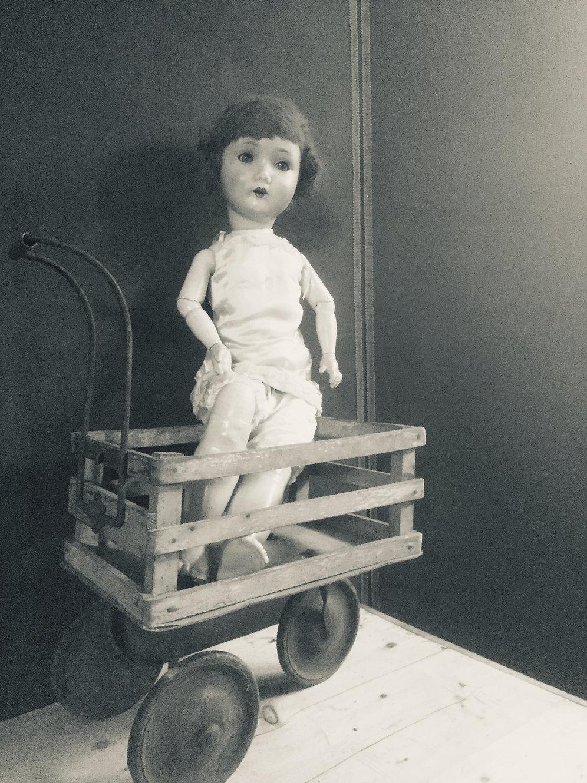 ANTIQUEVINTAGE ORIGINAL CHILDS PUSH CARTMILK TROLLEYDOLLS PRAMPUSH CHAIR