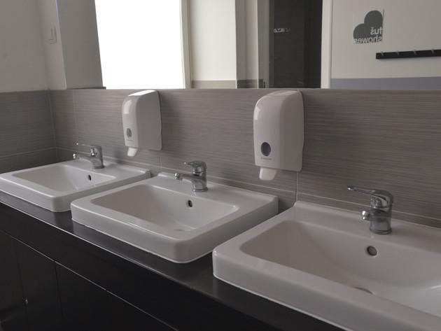 Zagreb Hostel Sinks