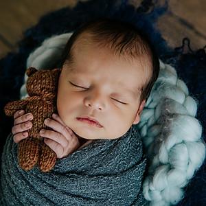 {SATA} Newborn Session