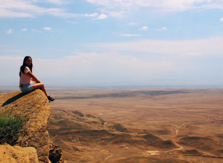 10 Reasons why living abroad will improve your life! (Psst... Sahl Hasheesh is calling)