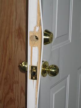 Door with Kick in damage and split