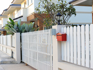WHAT'S THE BEST FENCE FOR YOUR PROPERTY?