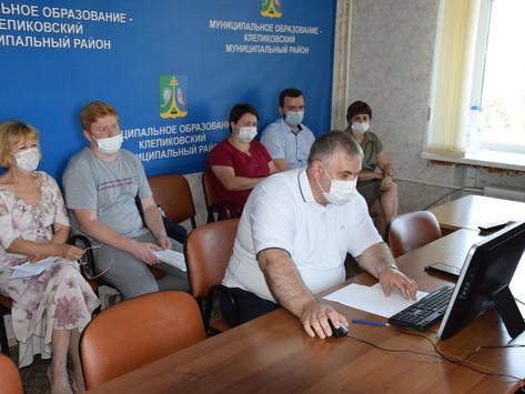 Специалисты диспансера провели конференции в Клепиковском и Рыбновском районах