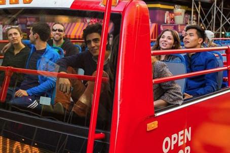 שיווק ואוטובוס התיירים הפתוח בניו יורק
